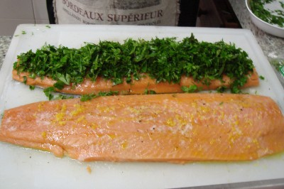 11-29-07 salmao recheado com salsa verde (1)